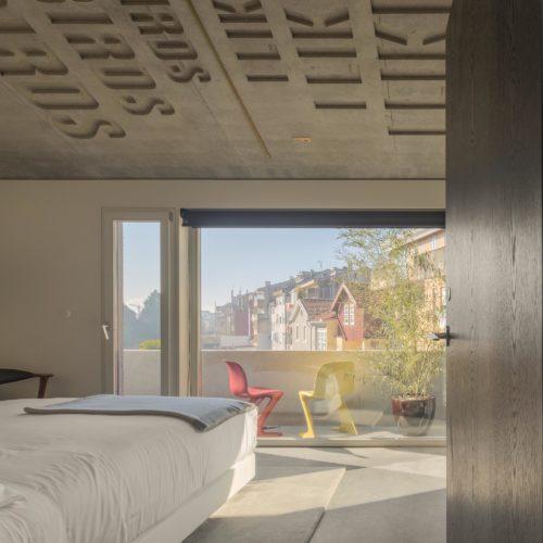 B4 Suite Rooftop 4 - Tipografia do Conto
